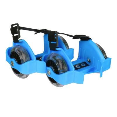 SILAPRO Ролики на пятку с подсветкой база пластик раздв, колеса ПВХ 7,2см 3LED, до 80кг, 6+, зелен
