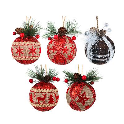 СНОУ БУМ Подвеска шар с еловым декором, 8см, пластик, текстиль, 5 дизайнов