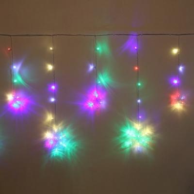 """Гирлянда для дома БАХРОМА """"Снежинка"""" ш2,5 м* в0,6/0,9м 130 ламп LED, IP-20, Мультицвет, белый мерцает (возможность соединения)"""