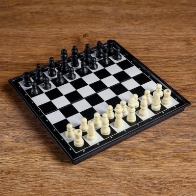Шахматы, 19х19 см, в коробке